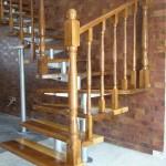 Scari interioare lemn pe structura din metal