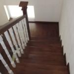 Scari lemn interior pe suport din beton Bucuresti