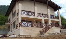 Balustrada din lemn exterior