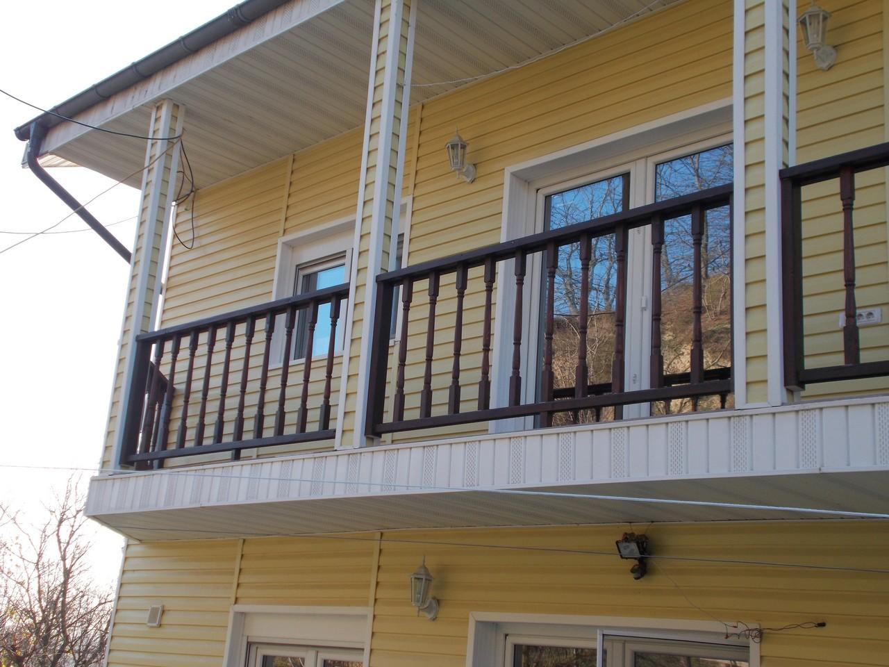 balustrada exterioara lemn cernavoda scari interioare din lemn megastructuri srl neamt. Black Bedroom Furniture Sets. Home Design Ideas